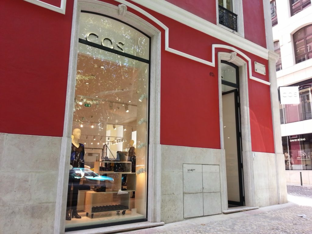 Cos store in Lisbon Filosofashion