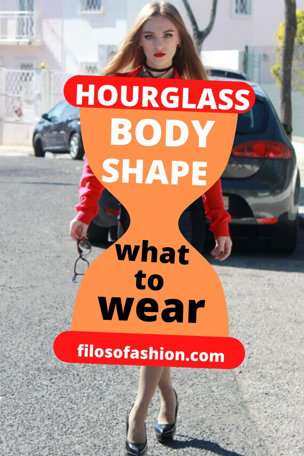 How to dress for an hourglass body shape